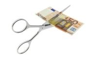 scissors_cutting_euro
